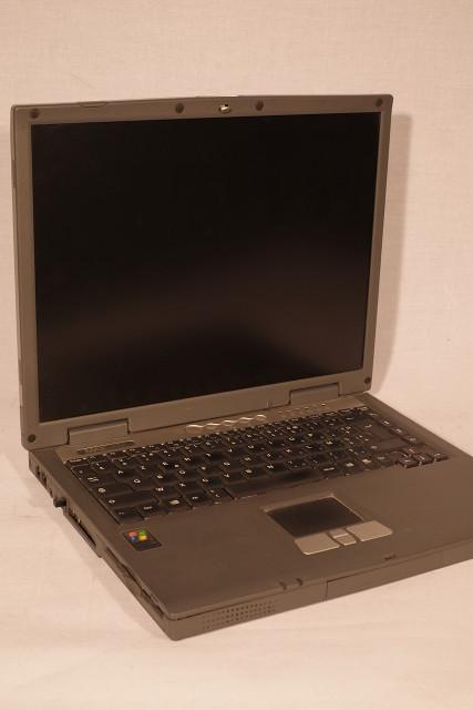 Ordinateur portable MaxData sous Windows XP